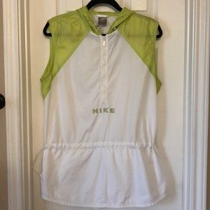 Used Nike conch waist vest